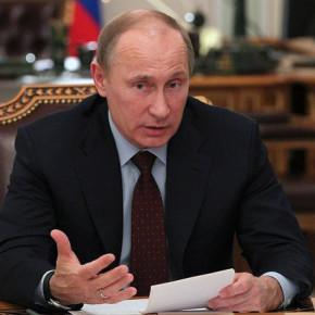 Своей подписью Путин окончательно продлил бесплатную приватизацию жилья до 2015 года