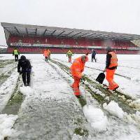 Перенесенный матч Северная Ирландия - Россия состоится только летом