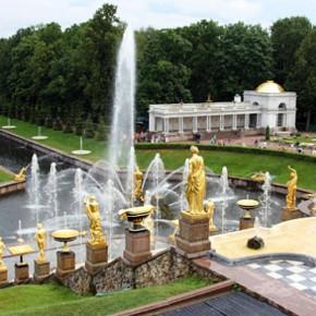 Фонтаны в Петергофе начнут работать 27 апреля - за 3 недели до праздника открытия