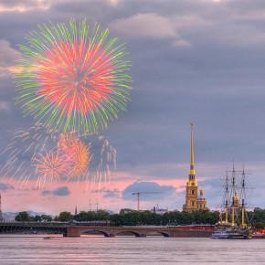 Салюта на День города-2013 в Петербурге не будет