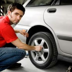 Замена колеса на кольцевой стоила водителю жизни