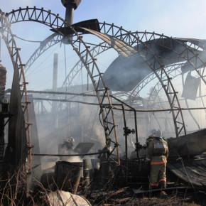 В Металлострое и Ломоносове сгорели два ангара