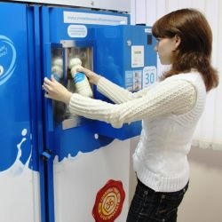 В Петербурге массово отравились дети. Возможно - молоком из автоматов