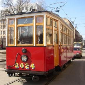 На выходных по Петербургу проедет ночной ретро-трамвай
