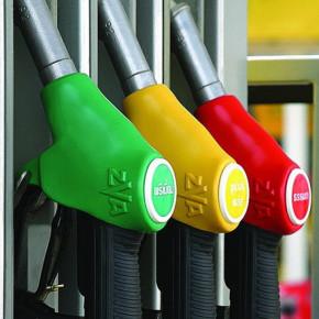 Ставки акцизов на бензин выросли, но, возможно, топливо не подорожает