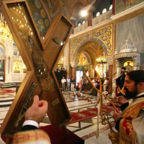 Крест Андрея Первозванного в Петербурге пробудет до понедельника