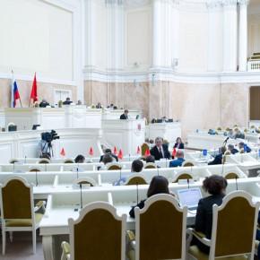 Депутат-прогульщик Салаев уволится из ЗакСа после каникул