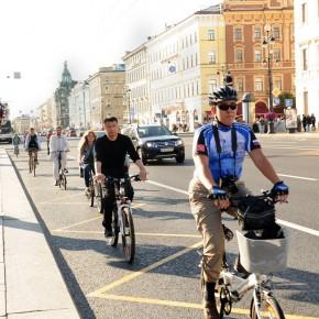 В Петербурге появятся новые велодорожки и велочиновник