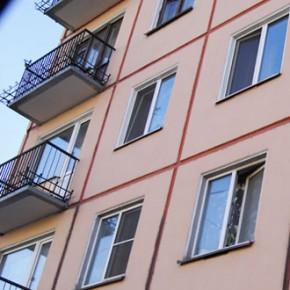 Из окна дома на углу Белы Куна и Софийской выпал ребенок