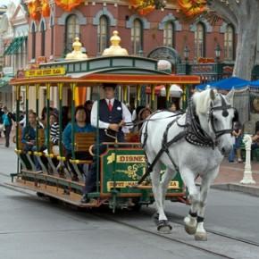 По улицам Петербурга проедет трамвай на конной тяге