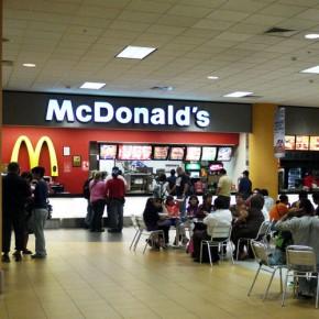 Пулково обеспечат круглосуточными McDonald's и другими фастфудами