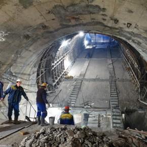 Расходы на строительство метро в Петербурге увеличат в 1,5 раза