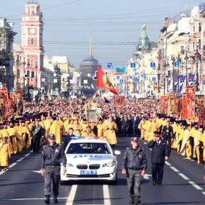 Общегородской крестный ход в Петербурге может стать ежегодной традицией