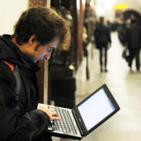 Интернет-зоны в петербургском метро продолжат расширять