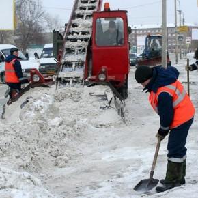Зимнюю уборку улиц Петербурга будет контролировать команда активистов