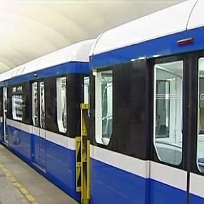 Поезда новой модели начинают ходить в метро Петербурга с 22 октября