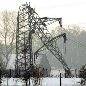В Ленинградской области из-за шторма 237 населенных пунктов остались без света