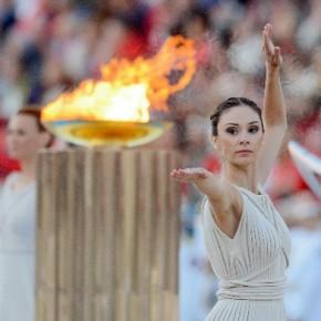 Олимпийский огонь доберется до Петербурга 27 октября