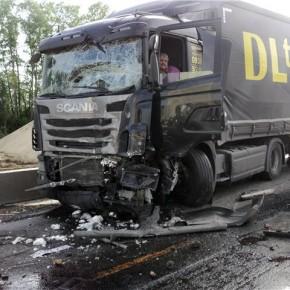 В ДТП на Гостилицком шоссе тяжелые травмы получила 3-летняя девочка