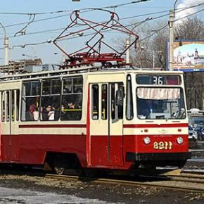Петербургские трамваи хотят перекрасить в четыре цвета