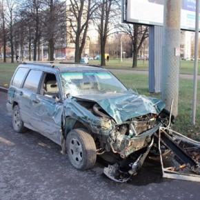 ДТП на Пискаревском, в котором погибла 18-летняя девушка, изучает полиция