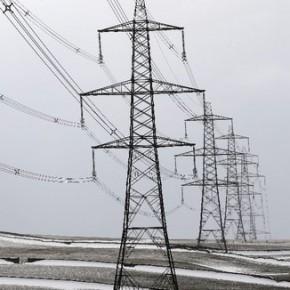 Ветер и снегопад оставили без электричества 20 тысяч жителей Ленобласти