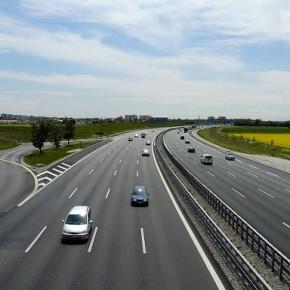 Финны предложили построить скоростную трассу Петербург - Хельсинки