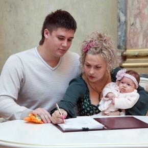 Самые популярные и оригинальные имена для детей назвали петербургские ЗАГСы
