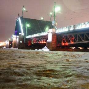 В феврале разводку петербургских мостов произведут в 9 ночей