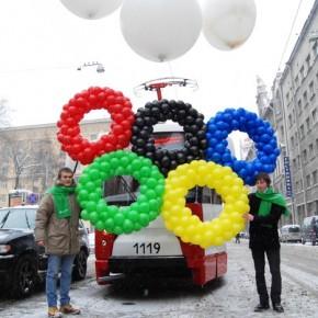 Олимпийский трамвай будет ходить по Петербургу до конца игр в Сочи