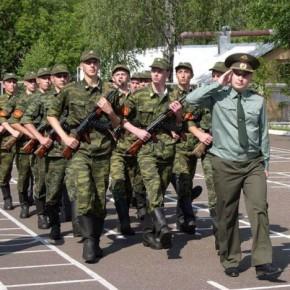 За сроки весеннего призыва-2014 в армию отправятся 3 тысячи петербуржцев