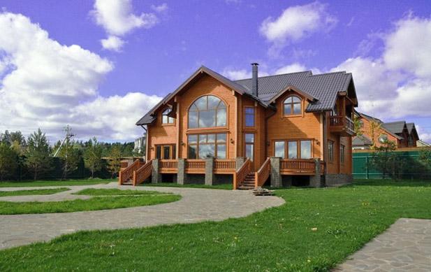 фото: пример загородного дома для круглогодичной жизни в одном из районов Московской области
