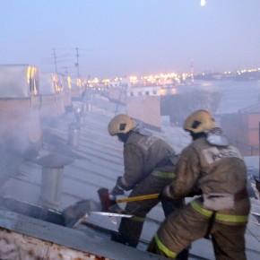 Из-за пожара на Косой линии Васильевского острова эвакуировали 40 человек