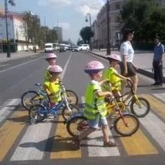 Социальная реклама для велосипедистов появится на улицах Петербурга